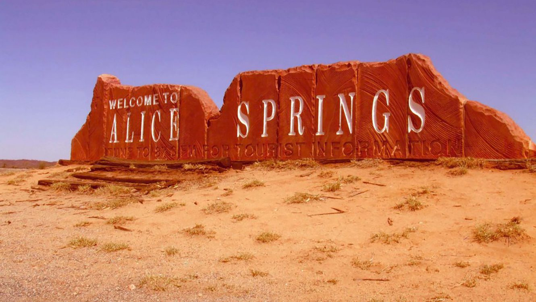 MC Across the Australia Outback Day 11 - Alice Springs